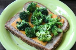 BroccoliCheddarGrilledCheese7