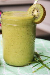 tropical wheatgrass smoothie quick healthy breakfast greens fruit mason jar